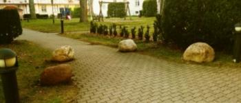 stones-350x150
